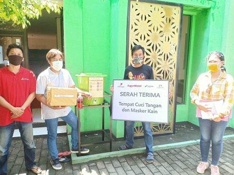 Jurnalis di Tuban Terima Bantuan Masker dari EMCL