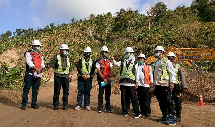 Gubernur Khofifah Tinjau Progres JLS Jatim di Tulungagung, Pastikan Lot 6 dan 7 Rampung 2023