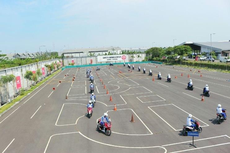 MPM Safety Riding Course Hadir untuk Masyarakat