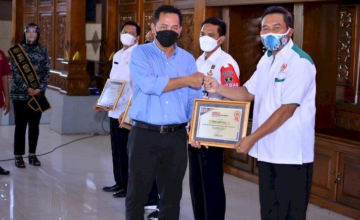 KONI Tuban Raih Penghargaan Keterbukaan Informasi Publik dalam PWI Award