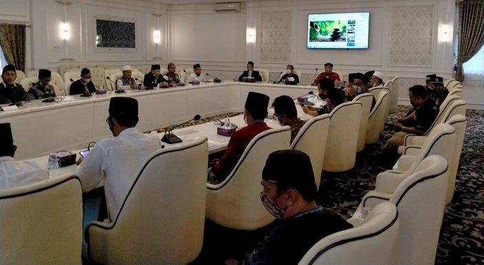 Waktu Azan dengan Kemenang Ada Perbedaan, Pamekasan Mengacu Masjid Agung As-syuhada