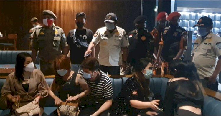 Operasi Yustisi Satpol Pp Jatim Bubarkan Kerumunan Di Tempat Hiburan Malam Surabaya Harianbangsa Net